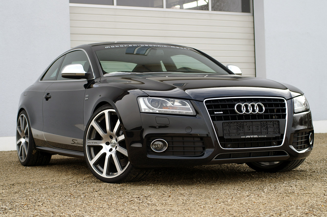 all car collections audi rs5 audi rs5 price. Black Bedroom Furniture Sets. Home Design Ideas